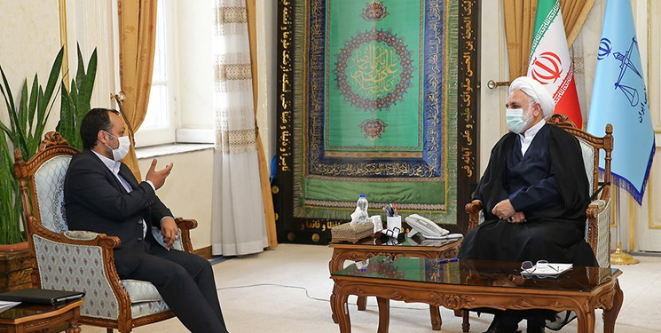 دیدار وزیر اقتصاد با رئیس قوه قضائیه/ اژهای: دستگاه قضا سربازان میدان جنگ اقتصادی را تنها نمیگذارد