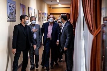 ورود محمدعلی زلفی گل وزیر جدید علوم، تحقیقات و فناوری به محل دفتر وی در وزارت  علوم