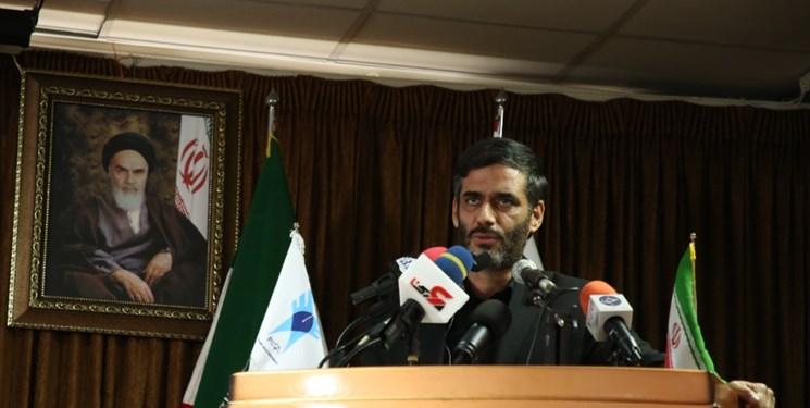 محمد: باید ریل اقتصاد کشور عوض شود/ برای ورود مجدد به بورس باید اعتمادسازی جدی صورت گیرد