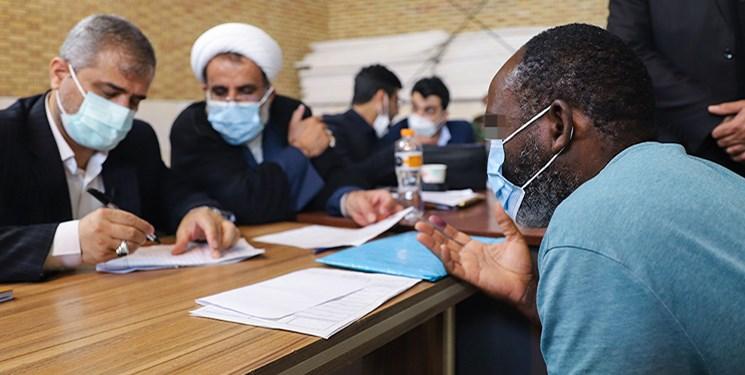 دیدار چهره به چهره دادستان تهران با زندانیان و بازداشتیهای اوین