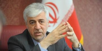 عیادت وزیر ورزش از یک خیر البرزی/ دولت پاسخگوی مطالبات سمنها است