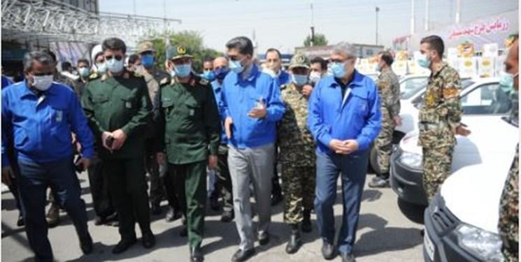 ایران خودرو برای واکسیناسیون جامعه کارگری با تمام امکانات به میدان آمد/واکسیناسیون ۲۰۰ هزار نفر ظرف یک ماه آینده