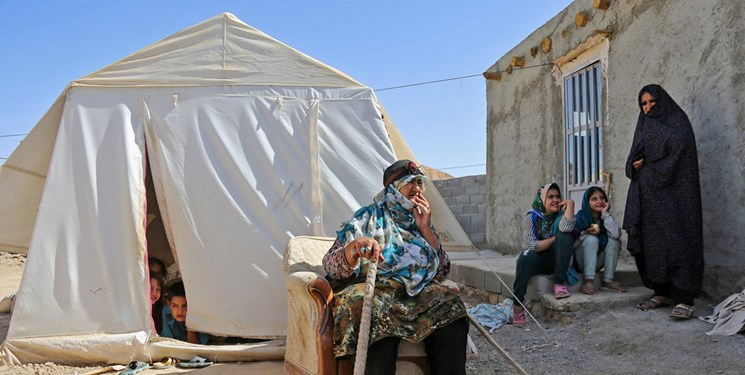 پاییز فرارسید؛ زلزلهزدگان خراسانشمالی همچنان در چادر/مسئولان بشتابند