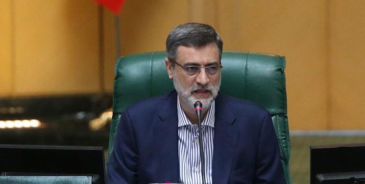موافقت مجلس با استعفای قاضی زاده هاشمی