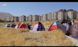 فیلم  سرگردانی 850 خانوار عضو یک تعاونی مسکن در سنندج/ اعتراض به اهمال راه و شهرسازی با برپایی چادر