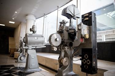 دستگاههای قدیمی تبدیل فیلم در فیلمخانه ملی ایران
