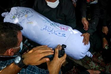 بدرقه شهید مدافع حرم محمد اینانلو به سمت آرامگاه ابدی