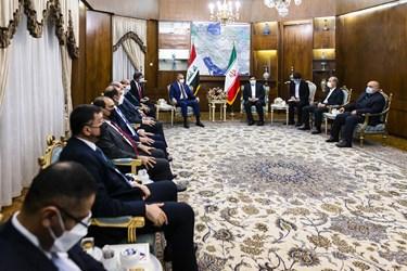 نشست محمد مخبر معاون اول رئیس جمهور با مصطفی الکاظمی نخست وزیر عراق