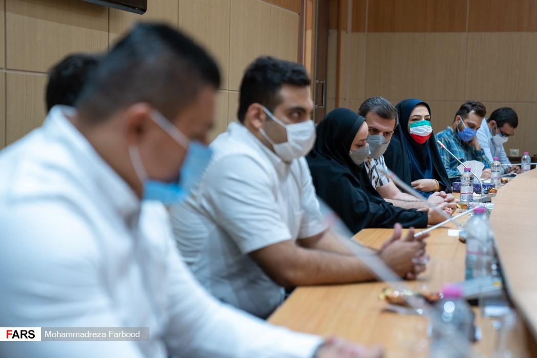 سخنرانی سمیرا ارم ورزشکار حاضر در پارالمپیک 2020 توکیو /  سالن اجتماعات ستاد دفتر امام جمعه شیراز