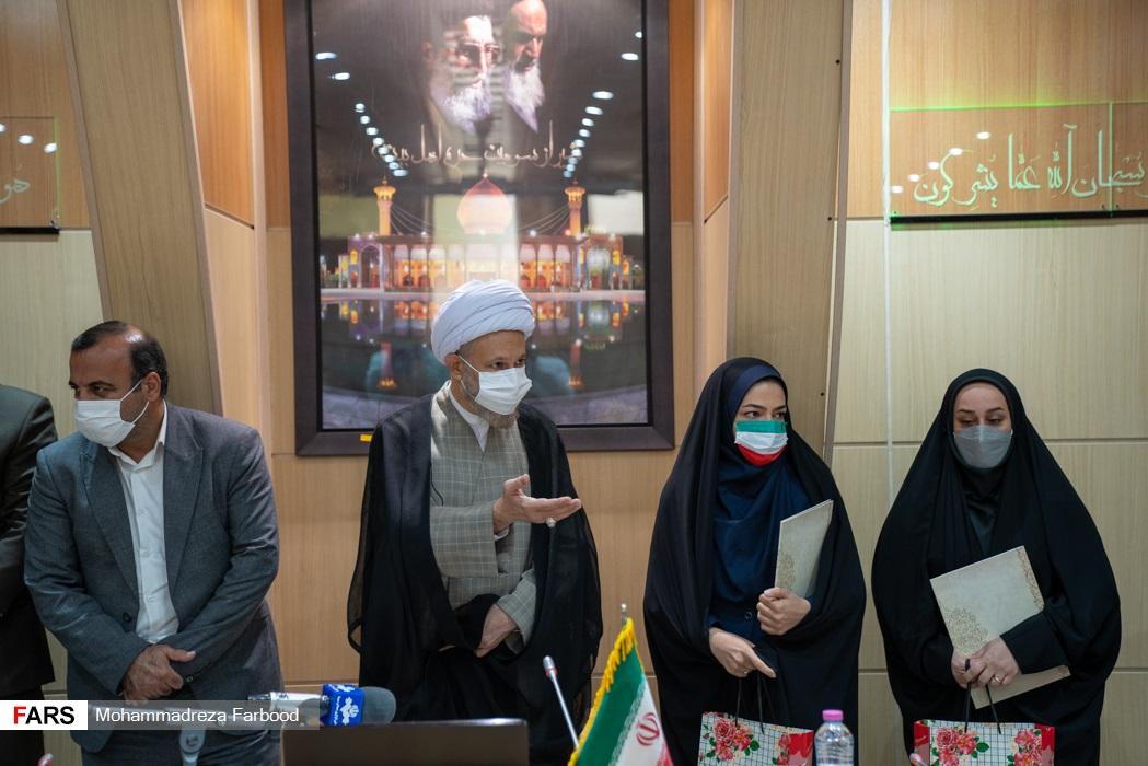 مراسم تجلیل از ورزشکاران و مدال آوران شیرازی 2020 توکیو در سالن اجتماعات ستاد دفتر امام جمعه شیراز