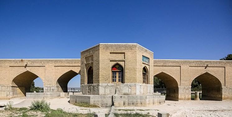 فارس بررسی میکند| پیامدهای خشکسالی بر پیکره میراث نصفجهان/ نظر کارشناسان و مسؤولان چیست؟