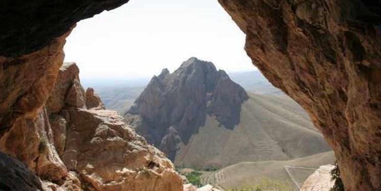 معرفی 10 غار استان مرکزی به  کمیته غارشناسی کشور به منظور تعیین  درجه حفاظتی