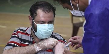 واکسیناسیون در البرز به متولدین ۶۰ رسید/دانشآموزان فعلا منتظر بمانند