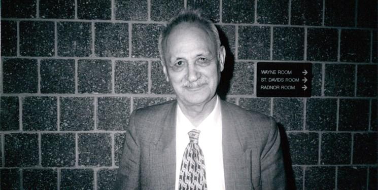 خاطره «عبدالحسین زرینکوب» در مجلس سیدالشهدا (ع)/ تفأل به دیوان حافظ در روز عاشورا