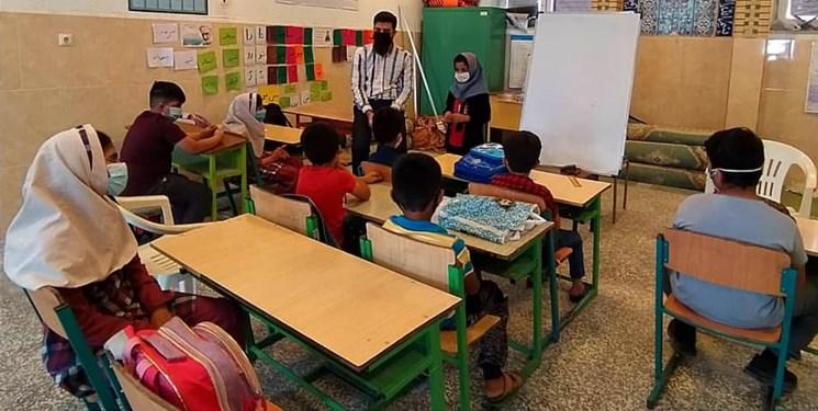 گروه جهادی دانشجومعلمان لامرد، بازوی توانمند دانشآموزان بازمانده از تحصیل