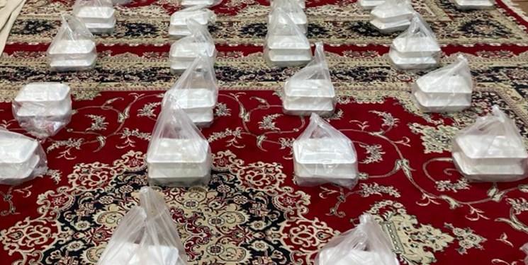 از توزیع  7 هزار پرس غذا تا تهیه اسباببازی برای کودکان توسط قرارگاه امام رضا(ع)