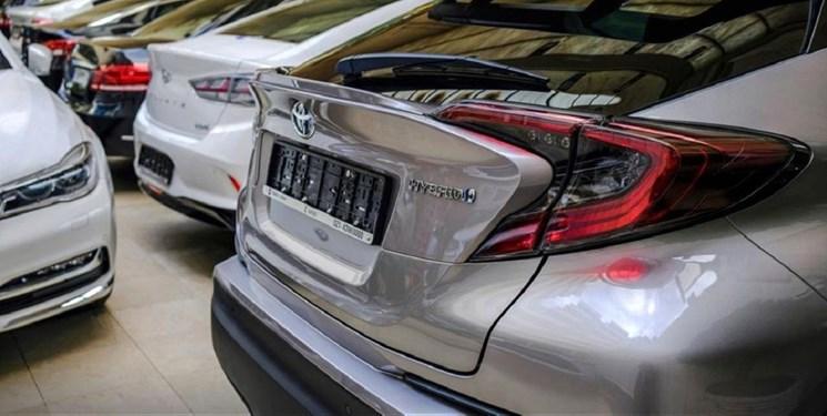 چراغ سبز مجلس و ترمزگیری دولت برای واردات خودرو/ممنوعیت واردات بعد از 3 سال لغو میشود؟