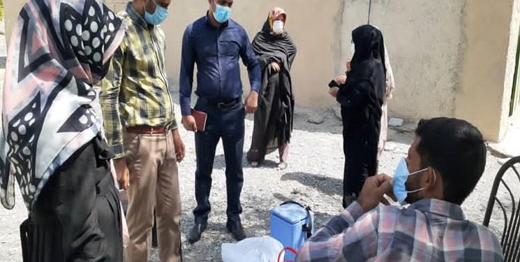 اجرای طرح واکسیناسیون خانه به خانه در روستاهای فاریاب