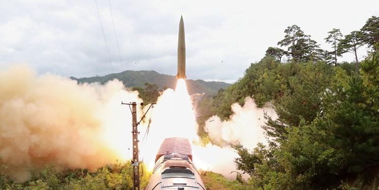 شلیک موشکهای کره شمالی از ریل قطار+عکس