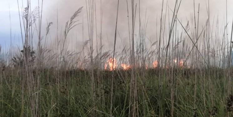 اطفای آتشسوزی در اراضی ملی گیلان