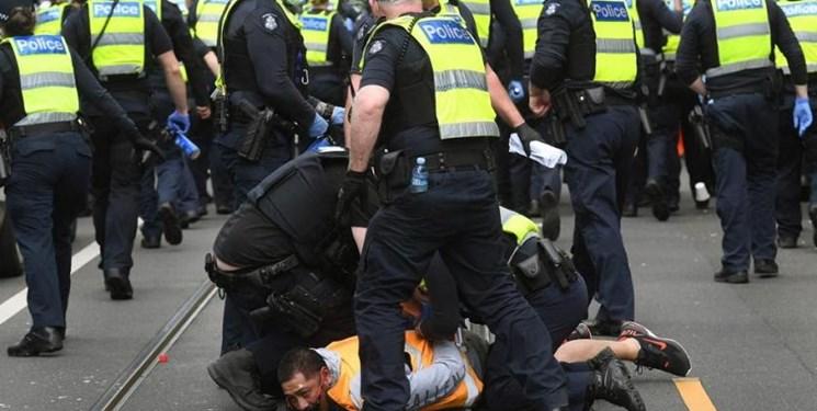 درگیری پلیس استرالیا با معترضان ضد قرنطینه/ ۷۰ نفر دستگیر شدند