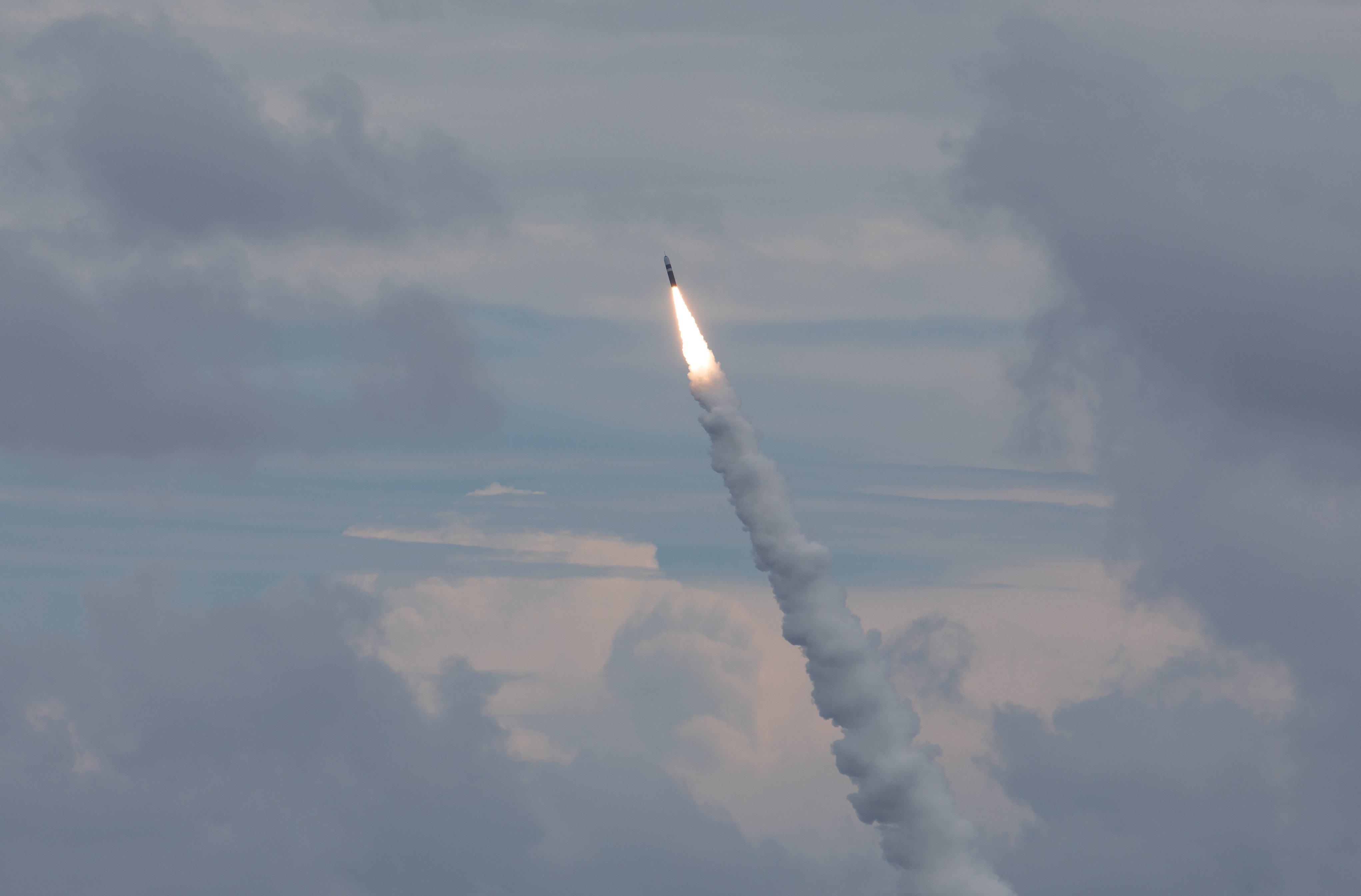 نیروی دریایی آمریکا ۲ موشک بالستیک اتمی شلیک کرد