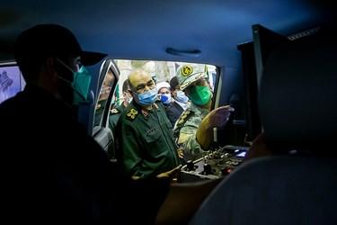 اتاق فرمان انواع رباتهای کشف و خنثی سازی بمب و مواد منفجره در مراسم رونمایی از دستاوردهای راهبردی سپاه در حوزه چک و خنثیسازی بمب