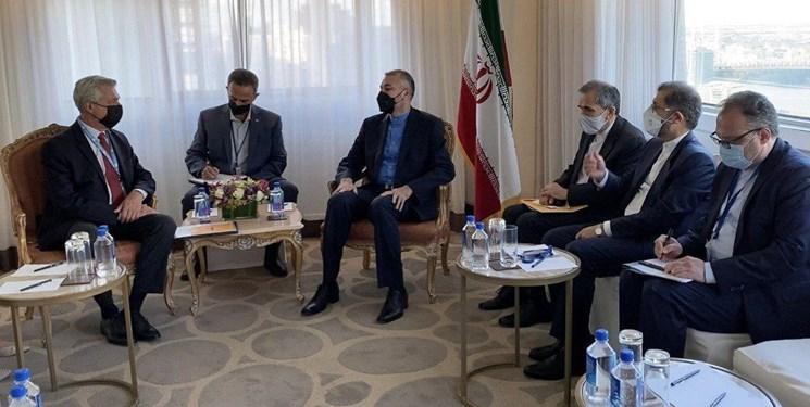 تاکید وزیر خارجه ایران بر نیاز به نقش فعالتر سازمان ملل در افغانستان