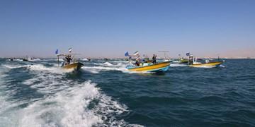فیلم| رژه شناورهای بسیج دریایی پارسیان در خلیج فارس