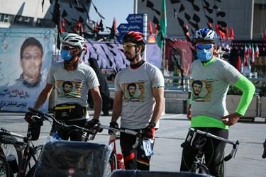 حضور دوچرخه سواران مشهدی در میدان شهدای مشهد