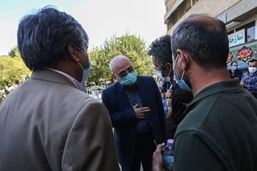 حضور حسینعلی حاجیدلیگانی عضو هیأترئیسه مجلس در بیمارستان سوانح سوختگی
