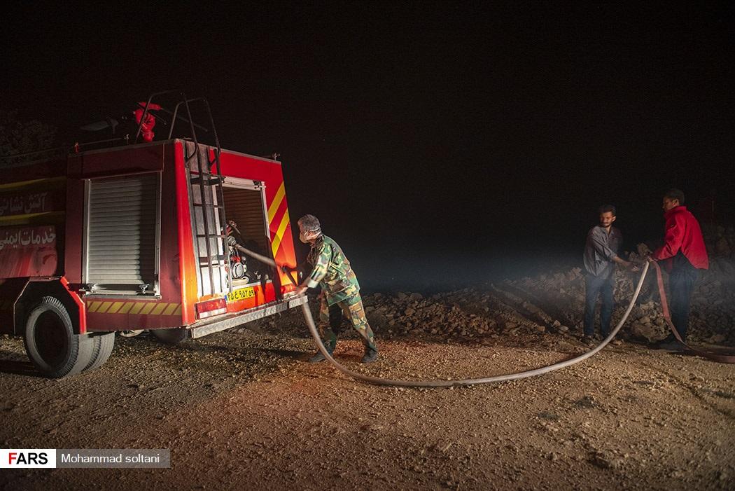 حضور نیرو های آتشنشانی شهرستانهای اطراف برای امداد رسانی