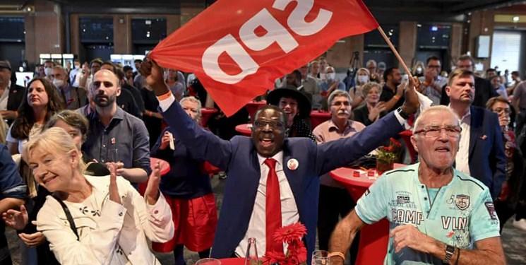 رویترز: سوسیال دموکراتها پیروز انتخابات آلمان/ تشکیل دولت سه حزبی محتملترین گزینه