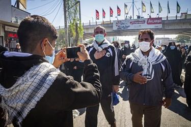 پیاده روی جاماندگان اربعین در اردبیل/ دروازه مشگین