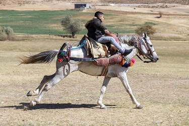 برگزاری مسابقات اسبسواری در روستای مرزی آلواتان سردشت
