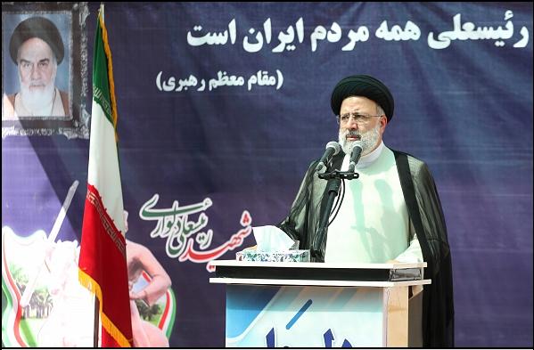 14000716000588 Test NewPhotoFree - گزارش سفر رئیسجمهور به بوشهر/ از حضور در آلاچیق کشاورزان تا بازدید از مراحل ساخت شناور شهید سلیمانی