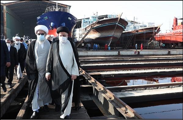 14000716000590 Test NewPhotoFree - گزارش سفر رئیسجمهور به بوشهر/ از حضور در آلاچیق کشاورزان تا بازدید از مراحل ساخت شناور شهید سلیمانی
