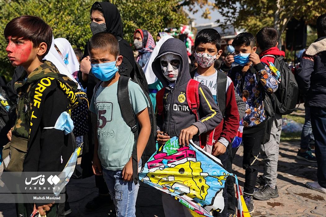 پایان جشنواره بادبادکها و کارناوال شادی کودکان کار و کم برخوردار پایتخت به مناسبت روز ملی کودک