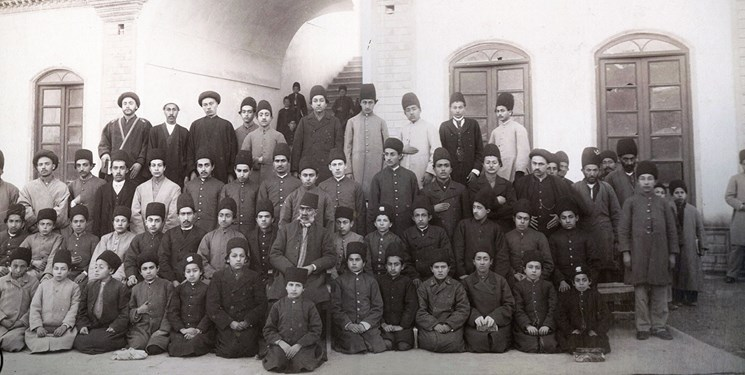 نحوه شکلگیری اولین دانشگاه مدرن کشور/ دارالفنون؛ دانشگاه سلبریتیهای ایران
