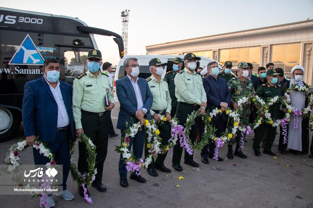 استقبال مسئولان و ورزش دوستان استان فارس از قهرمانان فرنگیکار تیم ملی کشتی کشورمان در فرودگاه شهید دستغیب شیراز