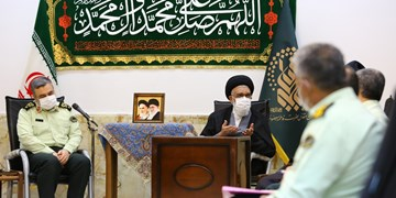 پلیس ایران در مسیر پیامبر اسلام(ص) حرکت میکند