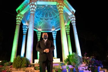 حضور محمد مهدی اسماعیلی وزیر فرهنگ و ارشاد اسلامی در مراسم بزرگداشت یادروز حافظ شیرازی