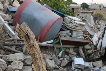 آثارتخریب خانه های بعد از زلزله