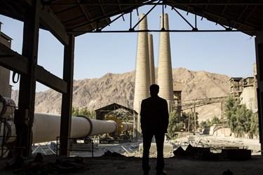 بخش ها و دستگاههای قدیمی که جای خود را سازه ها و دستگاههای جدید تر داده اند در کارخانه سیمان تهران