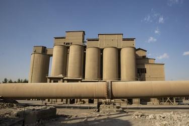 کوره های پخت سیمان در کارخانه سیمان تهران
