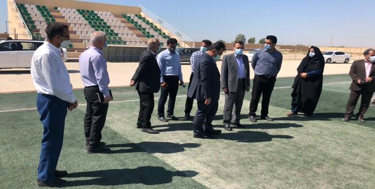 پیگیری فارس نتیجه داد؛ چمن ورزشگاه شماره 2 گناوه تعویض میشود