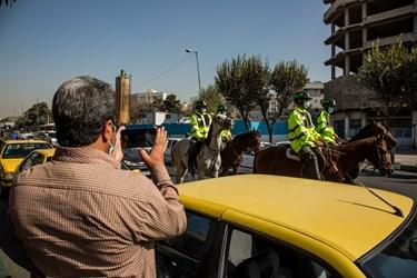 نمایش رژه  اقتداری یگان اسب سوار نیروی انتظامی در شهرری