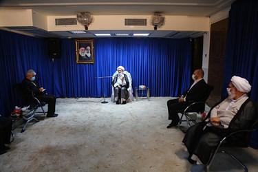دیدار سید حمید سجادی وزیر ورزش و جوانان با آیت الله نوری همدانی