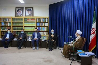 دیدار سید حمید سجادی وزیر ورزش و جوانان با آیت الله اعرافی مدیر حوزههای علمیه
