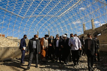 بازدید  سید حمید سجادی وزیر ورزش و جوانان از پروژه چهار هزار و ۵۰۰ نفره پردیسان